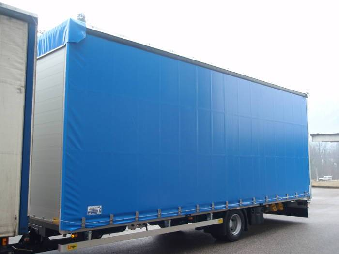 Curtainsider (lightweight design)